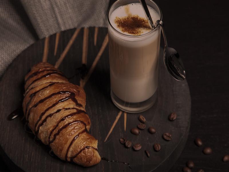 4. Thumbnails Café